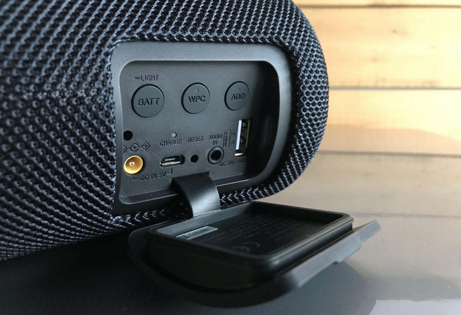Sony_SRS_XB41_Speaker_Review_8_1600x1093[1]